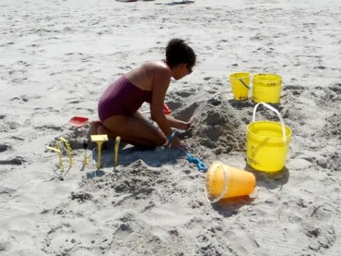sabreena building sandcastle